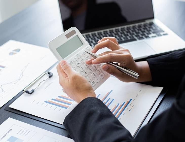 Regime de Caixa vs Competência na folha de pagamento e impacto na contabilização - ensicon cursos e treinamentos